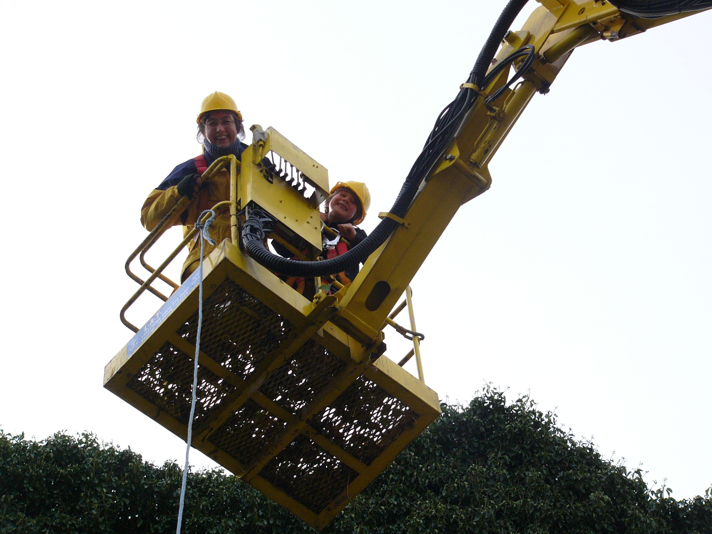 Kate & Francis on Cherry picker 2006